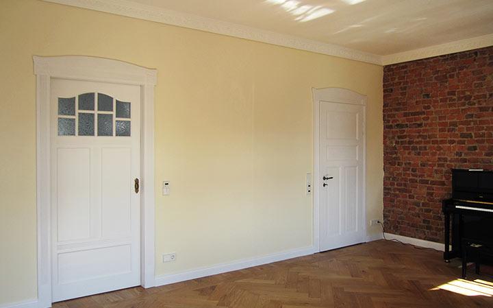 chaiselongue antike t ren auf creativ100. Black Bedroom Furniture Sets. Home Design Ideas